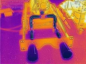 Infrared picture from the ice cold tubes and nozzles afer the tests.